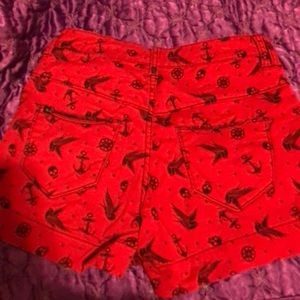 Hot Topic Shorts - Lovesick high-waisted shorts